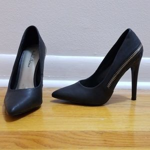 Michael Antonio heels. Size 5.5, black.